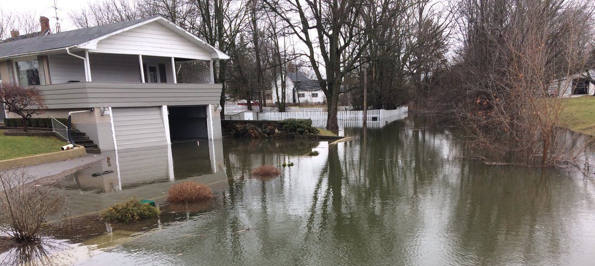 Thamesville Residents Plan To Outlast The Flood (GALLERY)