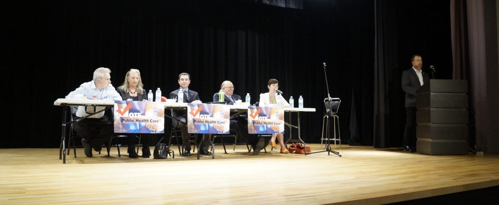 (Left to right) Candidates Andy Bruziewicz, Fanina Kodre, Kevin Shaw, Bob Bailey, Kathy Alexander and speaker Brian White during the all candidates debate focusing on health care at the Sarnia Library Theatre. May 16, 2018. (Photo by Colin Gowdy, BlackburnNews)