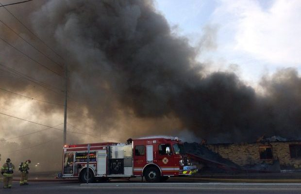 Firefighters respond to a massive blaze at the former Hook's Restaurant at Wharncliffe Rd. and Southdale Rd. in London, May 29, 2018. (Photo by Scott Kitching, BlackburnNews.com)