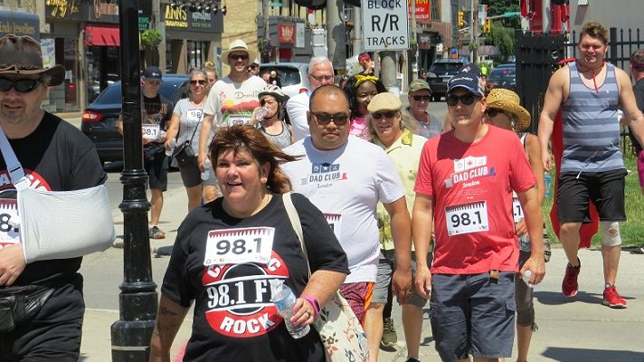 Participants in the Classic Rock 98.1 1K Marathon make their way down Richmond St., June 29, 2018. (Photo by Miranda Chant, Blackburn News)
