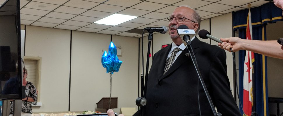 Bob Bailey speaks to supporters at the Sarnia Legion June 7, 2018 (BlackburnNews.com photo by Jordan Smith)