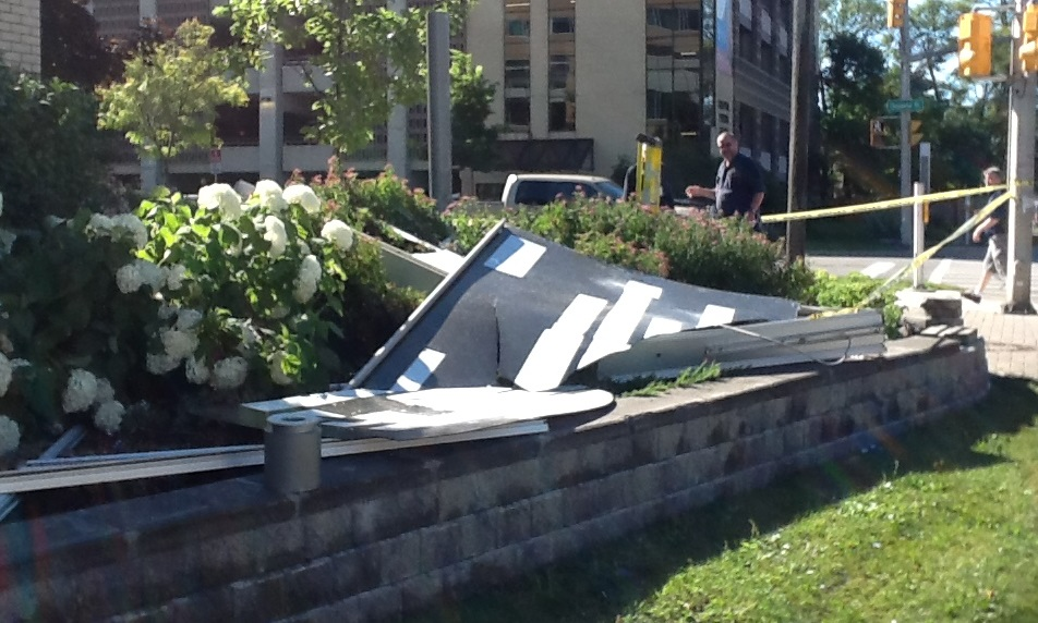 Crash Takes Out Hospital Sign