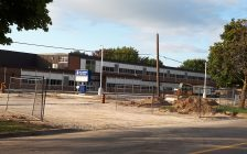 Ongoing construction at Tecumseh Public School in Chatham, August 30, 2018. (Photo by Natalia Vega, Blackburn News)