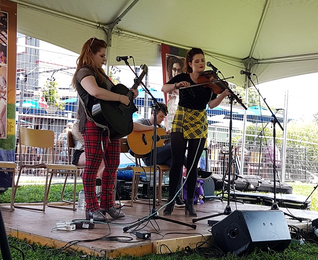 Sister Duo Celebrate Ten Years Of Celtic Roots Performances