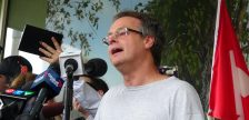Marijuana Activist Marc Emery addresses the crowd in Windsor after being released from US federal prison. August 12, 2014. Photo by Ashton Patis.