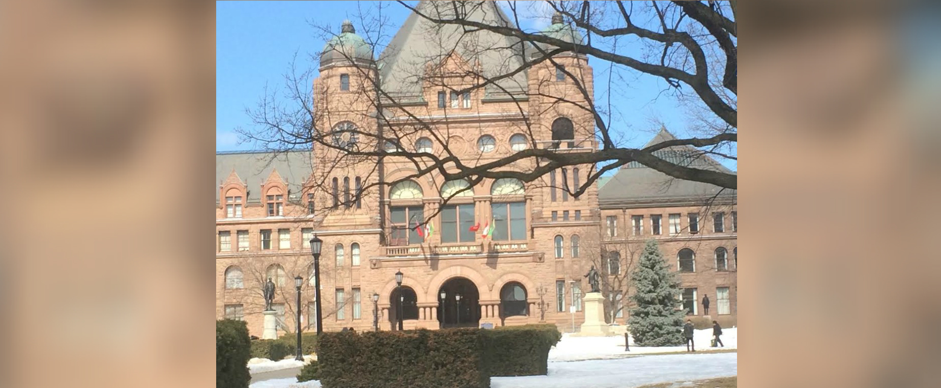 Ontario Cuts Taxes For Low-income Workers