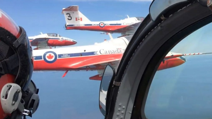 The Canadian Forces Snowbirds Demonstration Team. Photo by Scott Kitching, Blackburn News.