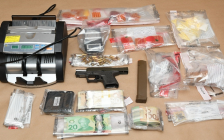 A 9mm weapon, ammunition, and drugs seized by London police, November 9, 2018. Photo courtesy of London police.