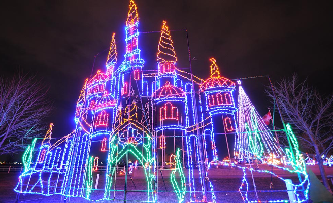 Celebration of Lights' display in Sarnia. 2018. (Photo from the Celebration of Lights' website.