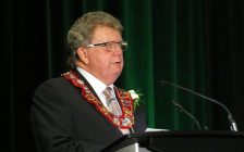 Mayor Ed Holder delivers his inaugural address at the London Convention Centre after beings sworn in as London's 64th mayor, December 3, 2018. (Photo by Miranda Chant, Blackburn News)