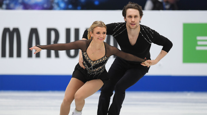 Michael Marinaro and Kirsten Moore-Towers. (Photo by Skate Canada)