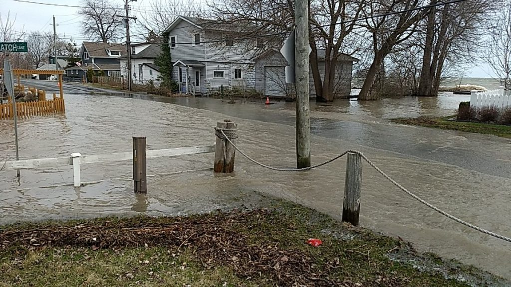 Flooding in Cotterie Park, Marentette Beach and other south shore locations