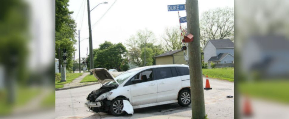 A car crash on the corner of Park Street and Duke Street is prompting residents to call for more traffic signs at the intersection. (Photo by Michael Hugall)