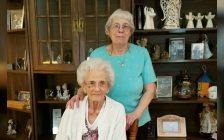 Ruth Luxton and her mother. (Photo via GoFundMe)