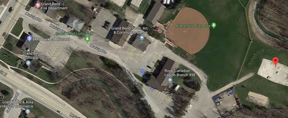 The red pin indicates a proposed area for new mulit-use facility in Grand Bend. Google Earth image.