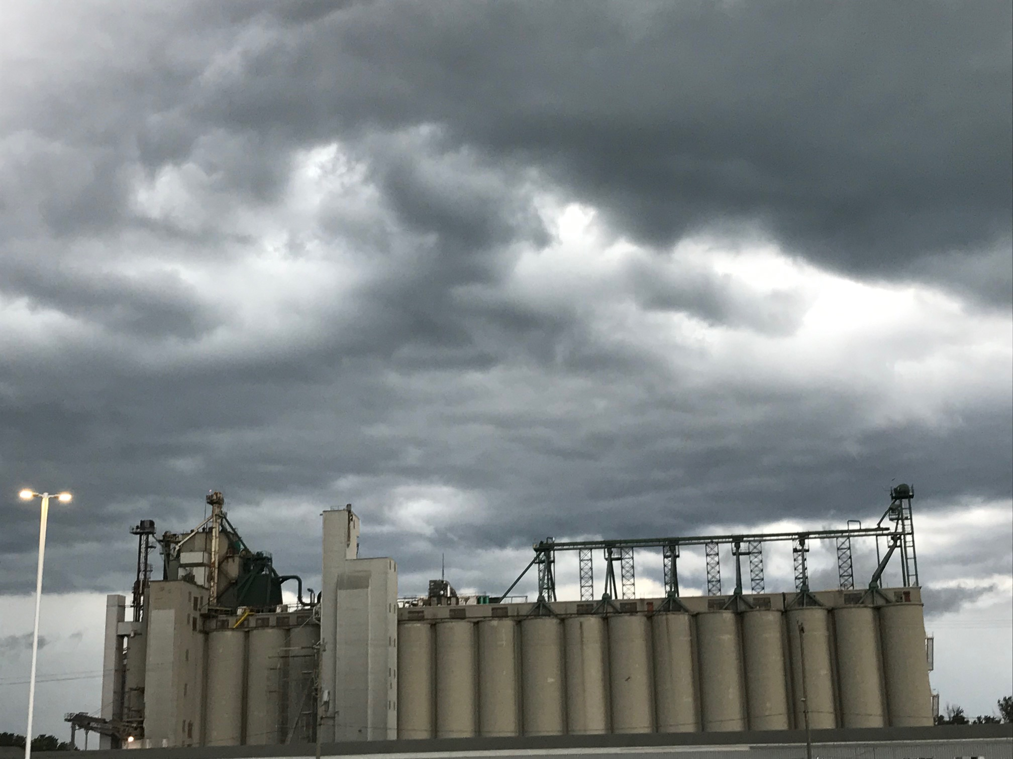 BlackburnNews.com - Thunderstorms cause power outages ...