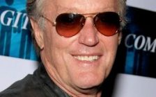 Peter Fonda. (Photo courtesy Glenn Francis of www.PacificProDigital.com, via Wikipedia creative commons)