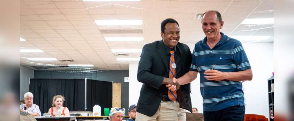 dam Kilner (left) meets with a Sarnia-Lambton resident during a Federal NDP nomination meeting. July 2019. (Photo by NDP Sarnia-Lambton)