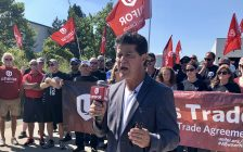 Jerry Dias speaks to the crowd at the Nemak Plant in Windsor on September 2, 2019. (Photo by Allanah Wills)