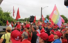 Unifor members gather at a rally in support of Nemak employees, September 12, 2019. (Photo by Maureen Revait)