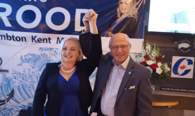 Lianne Rood and Bev Shipley celebrate Rood's victory in the 2019 federal election. October 21, 2019. (Photo by Lianne Rood)
