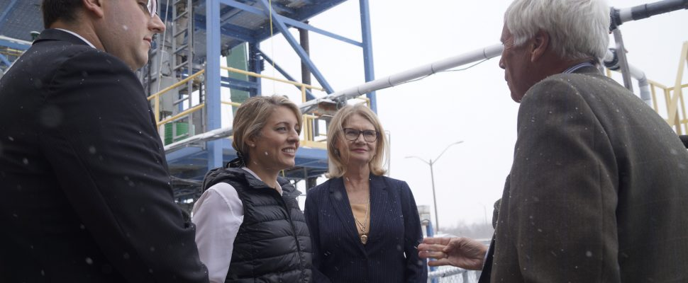 (L to R) BIC Project Manager Michael Faba, Economic Development Minister Melanie Joly, Parliamentary Secretary Kate Young and BIC Board Chair Bill White discuss Woodland Biofuels demonstration plant in Sarnia. February 13, 2020. Photo by Melanie Irwin.