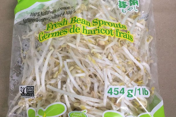 The CFIA has recalled 454 gram bags of Fresh Sprouts bean sprouts sold in Ontario. (Photo via inspection.gc.ca)