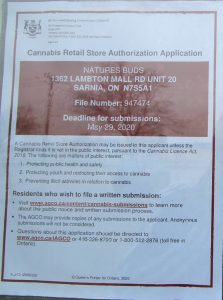 Sarnia pot shop notice on door at 1362 Lambton Mall Road (BlackburnNews.com photo by Dave Dentinger)