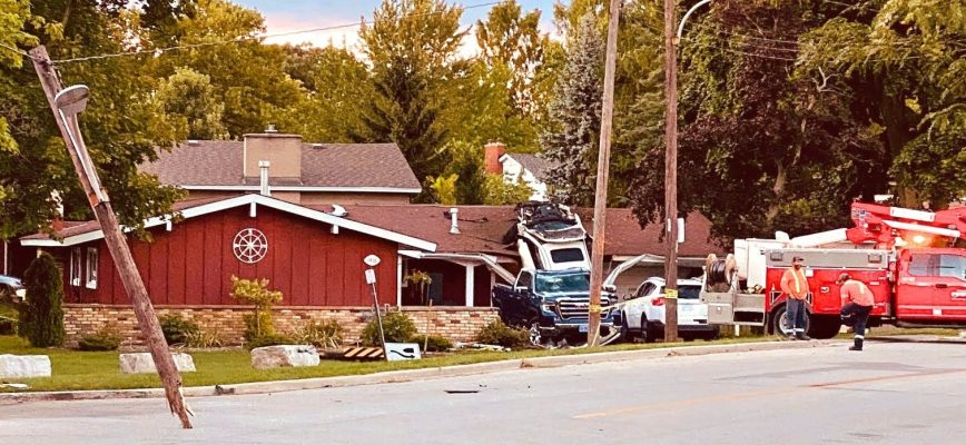 The aftermath of a spectacular crash at Christina St. N. and Lakeshore Rd. Aug. 29,2020 (Photo courtesy of Bill Dennis)