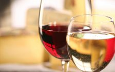 Red and white wines. File photo courtesy of © Can Stock Photo / fredredhat.